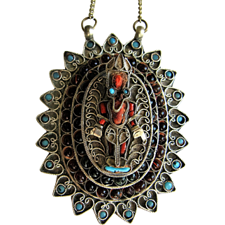 Tibetan Nepal Silver Buddha Figurine 'Gau' Amulet Pendant