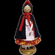 Vintage Grodnertal Wooded Peg Doll.