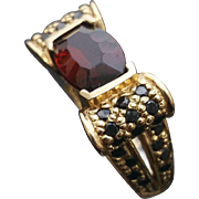Gorgeous Handcrafted Art Deco Style 14K Yellow Gold Garnet & Sapphire Scrolled Ring