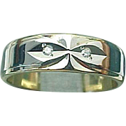 14K Two Tone Diamond Mirrored Wedding Band