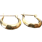 14k Yellow Gold Hammered Small Hoop Earrings