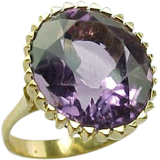 Vintage Handcrafted 18 K Yellow Gold  7.00  Carat Amethyst Ring