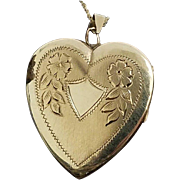 "10 Karat Yellow Gold 24.50mm Floral Engraved Heart Locket Pendant W/18"" Chain"