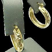 14K Yellow Gold Diamond Cut Medium Pierced Hoops
