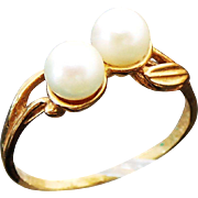 14k Yellow Gold Double Pearl Ring