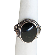Vintage Sterling Silver Inlaid Onyx Intricate Ring