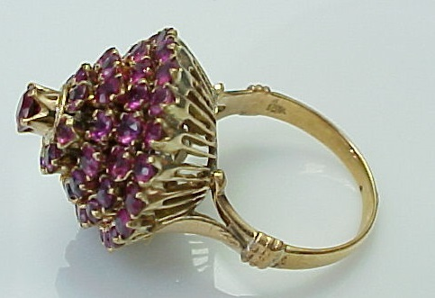 Vintage 18K Yellow Gold Pink Sapphire Princess Ring from