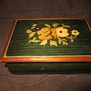 Italian Inlaid Wood Music Box, Green with Flowers and Leaves