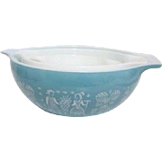 Set of 3 Pyrex Graduated Ovenware Bowls State Fair Blue and White