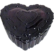 Avon Ruby Red 1876 Cape Cod Collection Heart Trinket Box