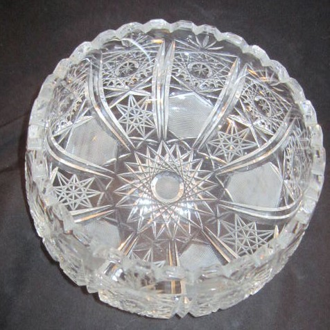 Crystal Cut Stars Design Bowl