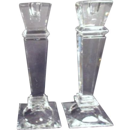 Pair of shannon crystal designs of ireland candlesticks for Cool candlesticks
