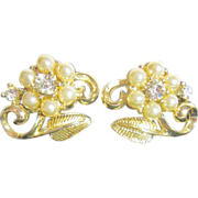 Coro Pearl Flower with Rhinestone Center, Goldtone Leaf Earrings