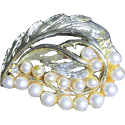 Goldtone Leaf Design Pin with Faux Pearls and 2 Rhinestones