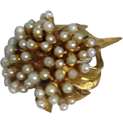 BSK Signed Goldtone and Faux Pearl Brooch/Pin
