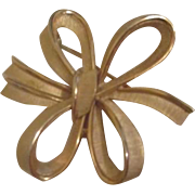 Trifari Goldtone Ribbon in Bows Pin/Brooch