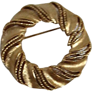 Crown Trifari Gold Tone Circle Brooch