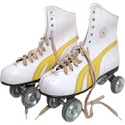 Lady's White Roller Skating Shoes