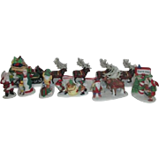4 Dept 56 Heritage Village Collection North Pole Series 1990 Accessories