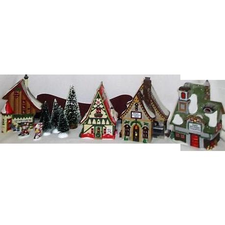 '96 Dept 56  North Pole Series #A/starter set plus 2 buildings