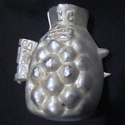 Vintage Pewter Ice Cream Mold of Pineapple #815