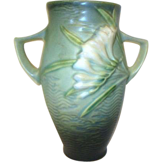 Roseville Pottery Double Handled Vase