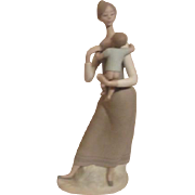 LLadro Figurine Mother with Child Matte Finish #4701