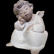 LLadro Seated Thinking Angel Matte Finish