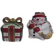 Fitz and Floyd Snowman and Present Christmas Salt & Pepper Set