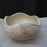 Vintage Hull Pottery Bowl