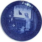 Royal Copenhagen Waiting for Christmas 1982 Blue Plate