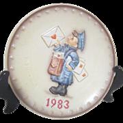 Hummel Annual Plate 1983 Bas-relief Postman