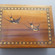 Tunbridge ware Box inlaid with birds, Secret to unlock