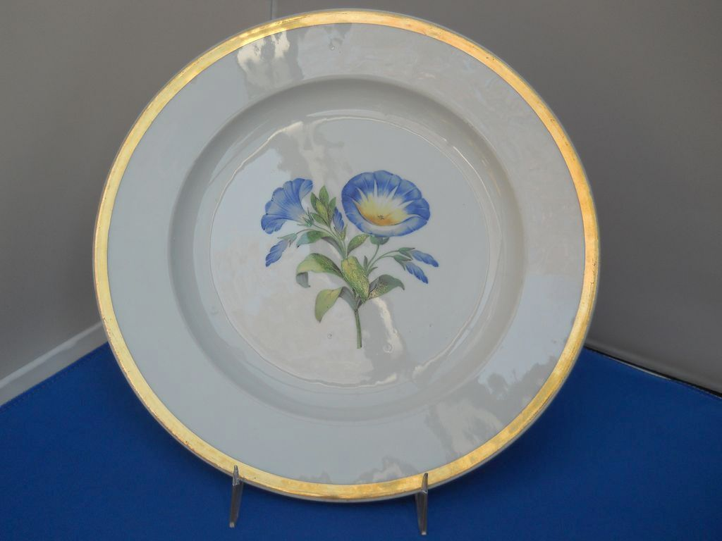 Beautiful Meissen Plate With Blue Flowers And Gold Rim C