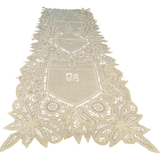 Long Battenberg (Tape Lace) Runner