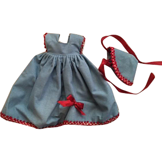 Two Piece Outfit for Small Fashion Dolls 1050s