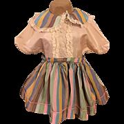 Large Taffeta Dress for Big Walkers 1950s