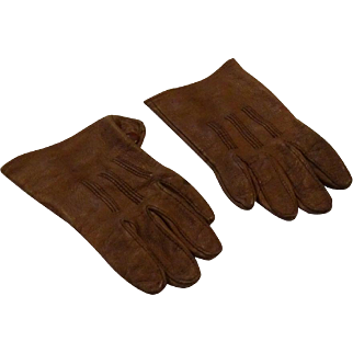 The Most Wonderful Small Gloves for Large Doll