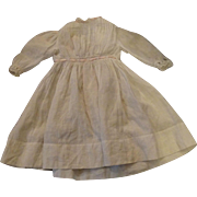 "Antique White Dress for 22 to 23"" Doll"