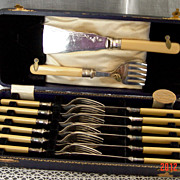 English Fish Service for 6 ca. 1905-1908 - EPNS and Celluloid Handles