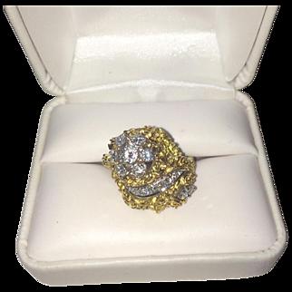 Stunning 18K Gold Diamond ring