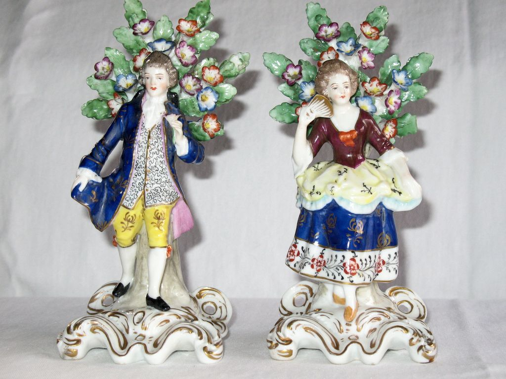 Antique 19th Century Porcelain Figure of Gallant & Lady