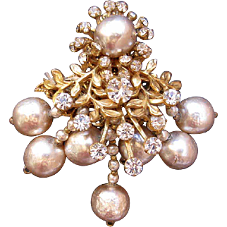 Signed Vintage Miriam Haskell Baroque Dangle Brooch Faux Baroque Pearls Rhinestones Horseshoe Mark
