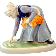 Metzler Ortloff Porcelain Figurine Lady Planting Wheat