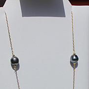 """""""14kt. Gold"""" Black Pearl Tahitian  Necklace Set Matching Earrings"""