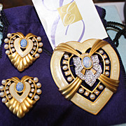 Elizabeth Taylor Hearts of Hollywood Collection Brooch/Pin & Clip Earrings