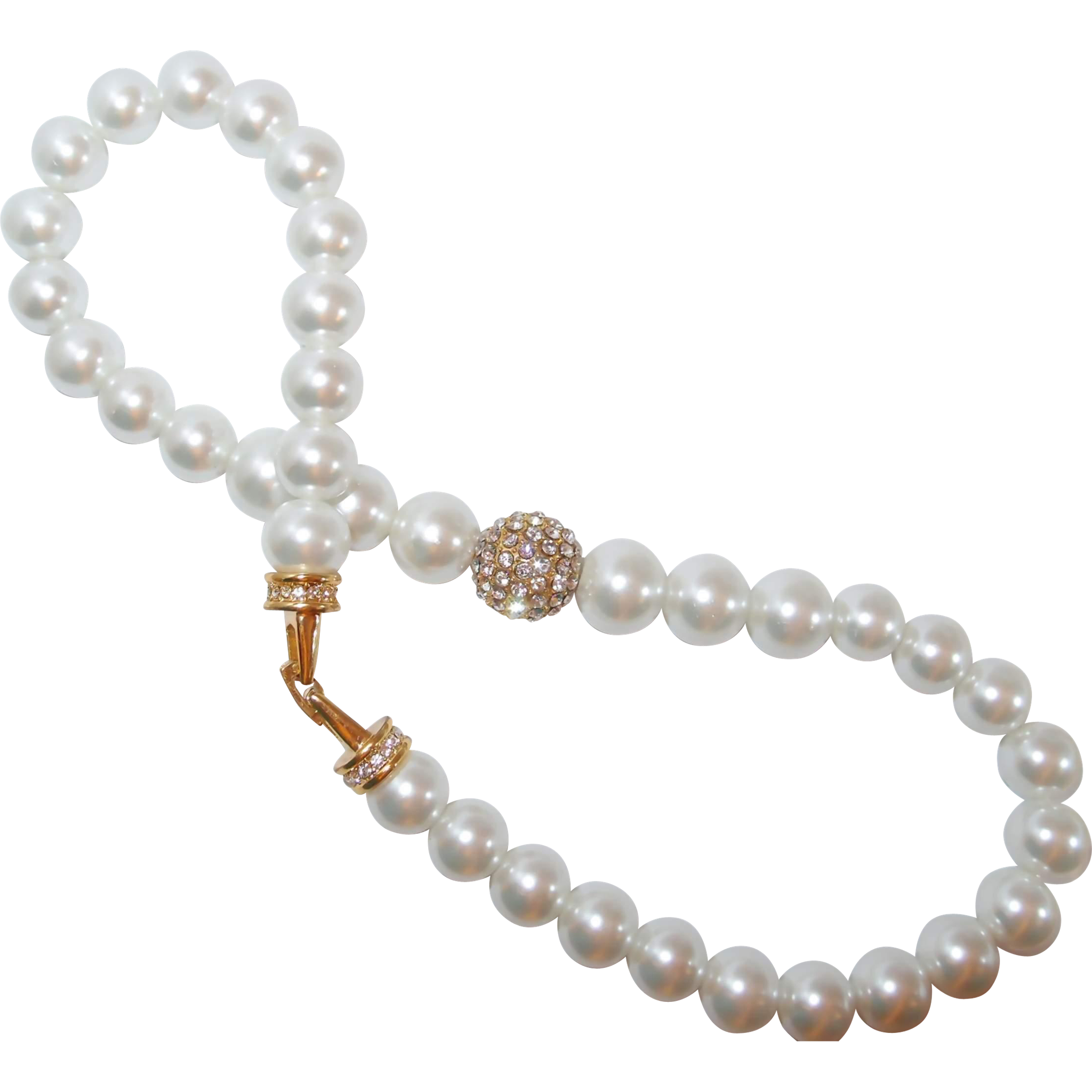 2016 fall fashion trend large faux pearl necklace with