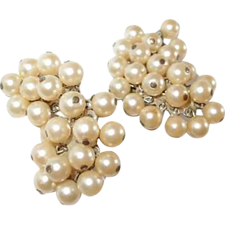 Long Vintage Designer Dangle Simulated Pearl Clip Earrings