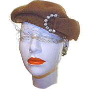 1930s Made in U.S.A. Selkirk Wool Beret Hat with Large Rhinestone Buckle and Netting