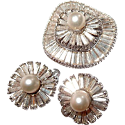 Jomaz Barguette Rhinestone and Simulated Pearl Wavy Pin and Earring Set